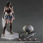 FIGURA WONDER WOMAN LIGA DE LA JUSTICIA PLAY ART KAI DC CÓMICS 25 CM